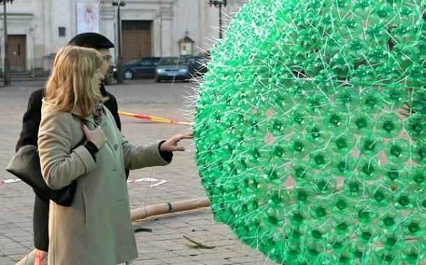 Ехо елха от рециклирани бутилки Спрайт в защита на природата (2)