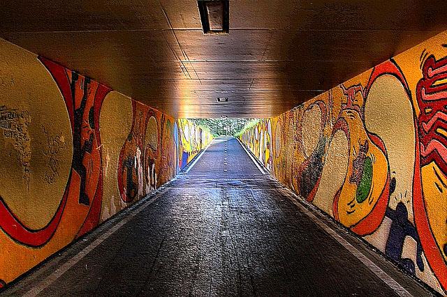 Рисунка в тунел, Кейт Харинг