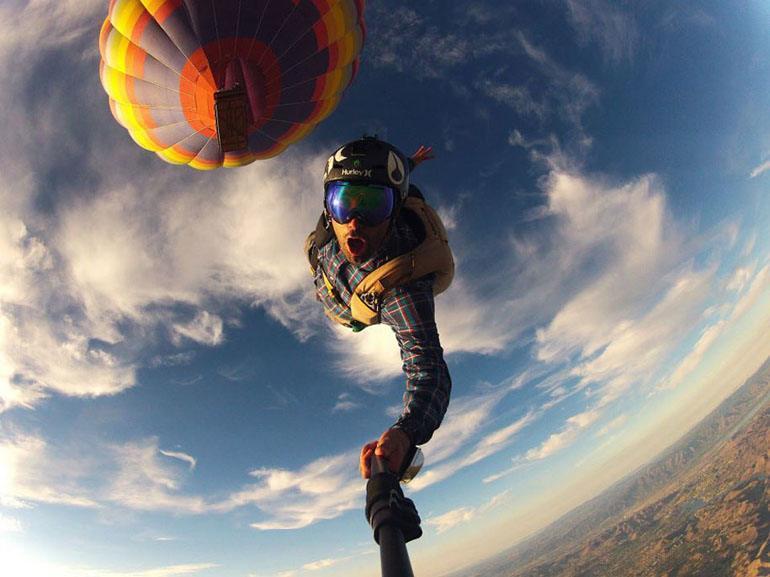 Заснемане на екстремно приключение - скачане с парашут