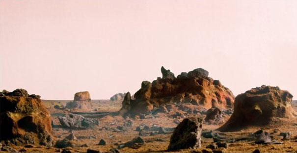Използване на дървесн въглища за макет на Марс