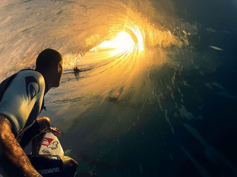 Сърфинг приключение, заснето с GoPro