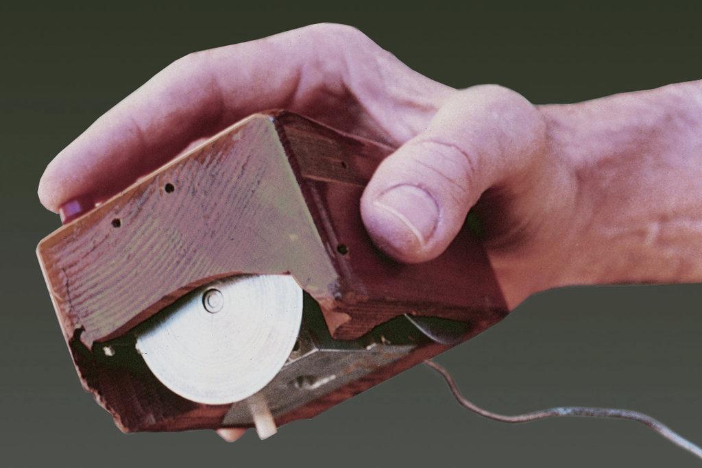Първата компютърна мишка